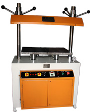 Hydraulic Book Press with two independent stations in size 15